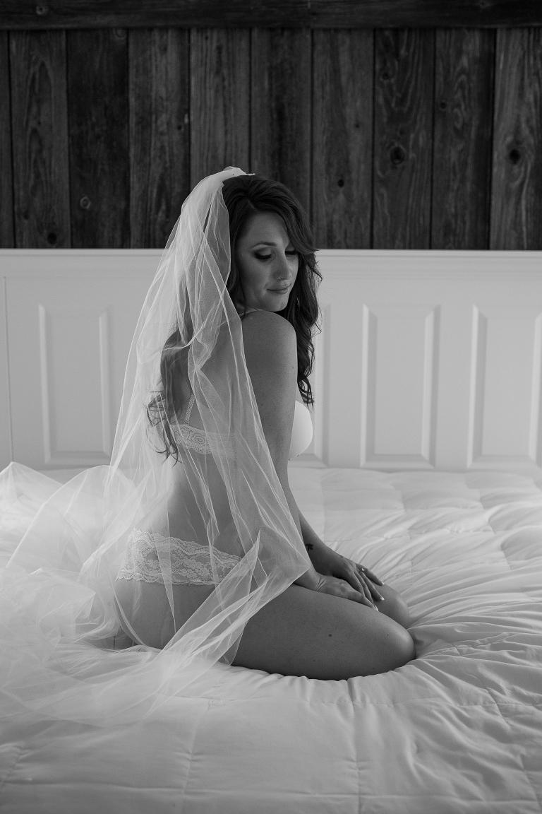 Oregon-Glamour-boudoir-wedding-photographer-ashley-cook-photography-5